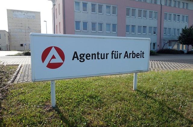 Agentur-fuer-arbeit-beraet-schlecht